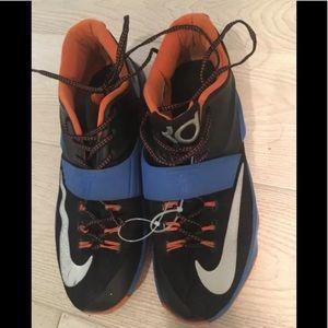 Nike Men's 11.5 KD VII EP Basketball Sneakers
